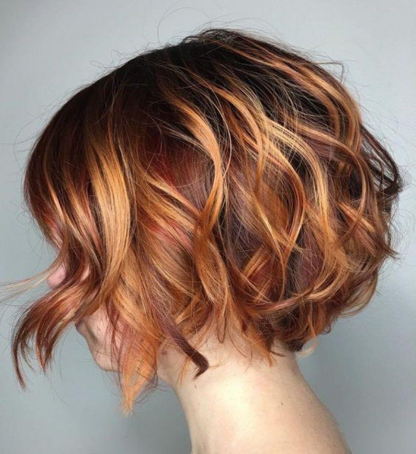 Taglio capelli ricci over 50